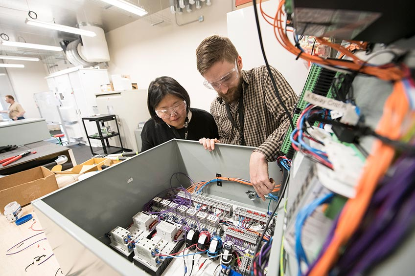 NREL, Eaton Mark One Year as Partners on Innovative Energy Solutions