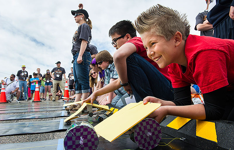 Middle Schoolers Shine in Electric Car Races | News | NREL